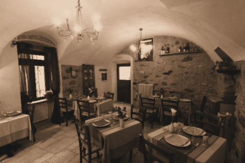 The 10 best trattorias and typical Lombard restaurants