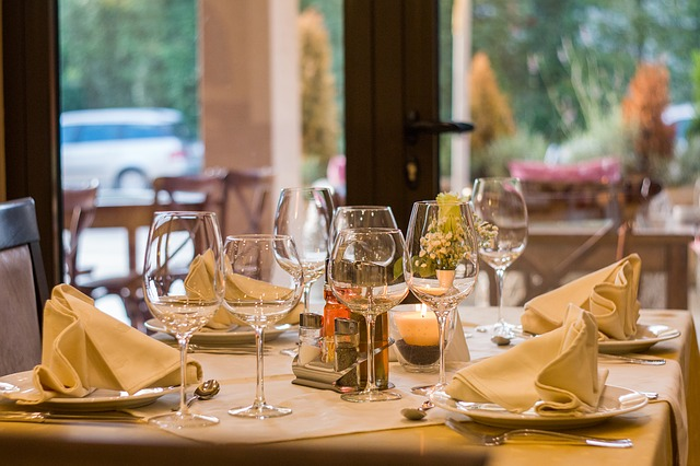 Take a restaurant into management: 4 tips to succeed